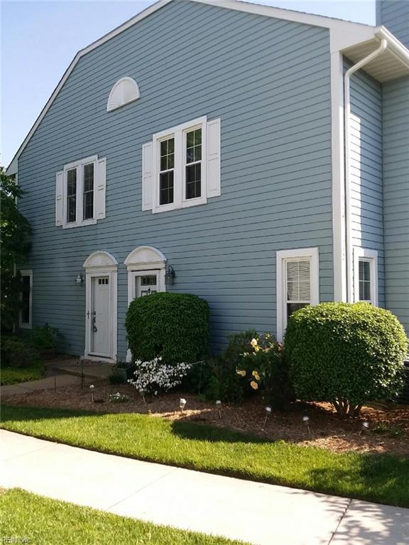 112 Seaside Ln, Virginia Beach, VA 23462 (MLS #10262720) :: Chantel Ray Real Estate