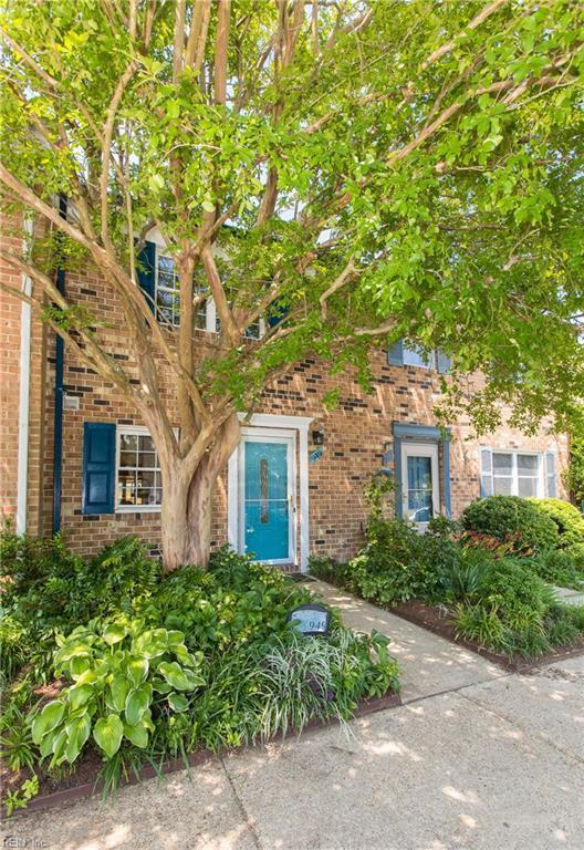 949 Indian Cir, Virginia Beach, VA 23451 (#10263052) :: Momentum Real Estate