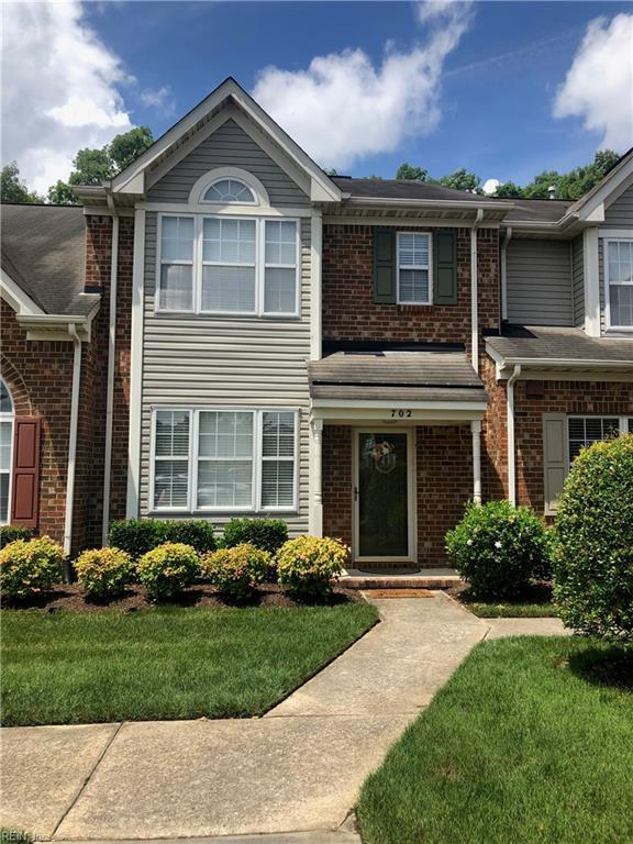 702 W Lake Cir, Chesapeake, VA 23322 (#10263947) :: Momentum Real Estate