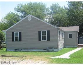 409 Rogers Ave, Norfolk, VA 23505 (#10264385) :: Kristie Weaver, REALTOR