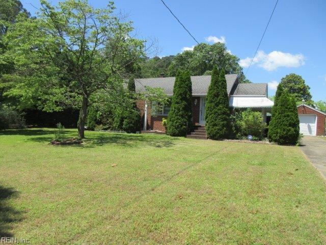 851 Harpersville Rd, Newport News, VA 23605 (MLS #10265741) :: Chantel Ray Real Estate