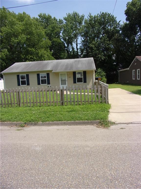 466 Cedar Dr, Hampton, VA 23669 (#10266730) :: Kristie Weaver, REALTOR