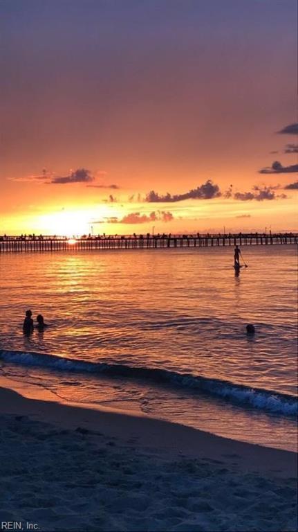 2305 Beach Haven Dr #104, Virginia Beach, VA 23451 (#10266928) :: Berkshire Hathaway HomeServices Towne Realty