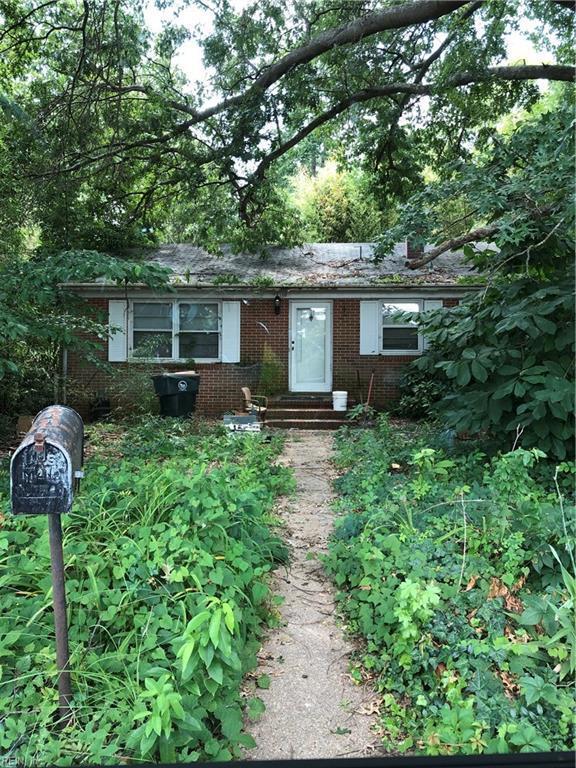 150 Sheppard Dr, York County, VA 23185 (#10267310) :: The Kris Weaver Real Estate Team