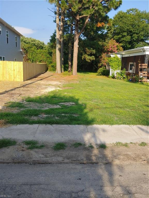 LOT E Saint James St, Suffolk, VA 23434 (MLS #10268152) :: AtCoastal Realty