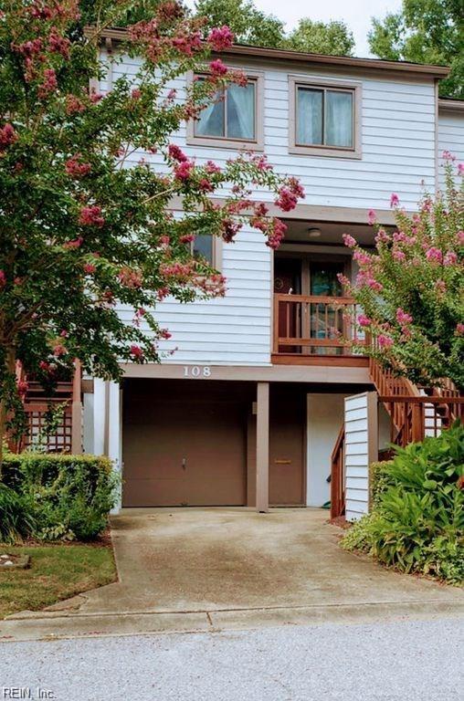 108 Mill Point Dr, Hampton, VA 23669 (MLS #10269742) :: AtCoastal Realty
