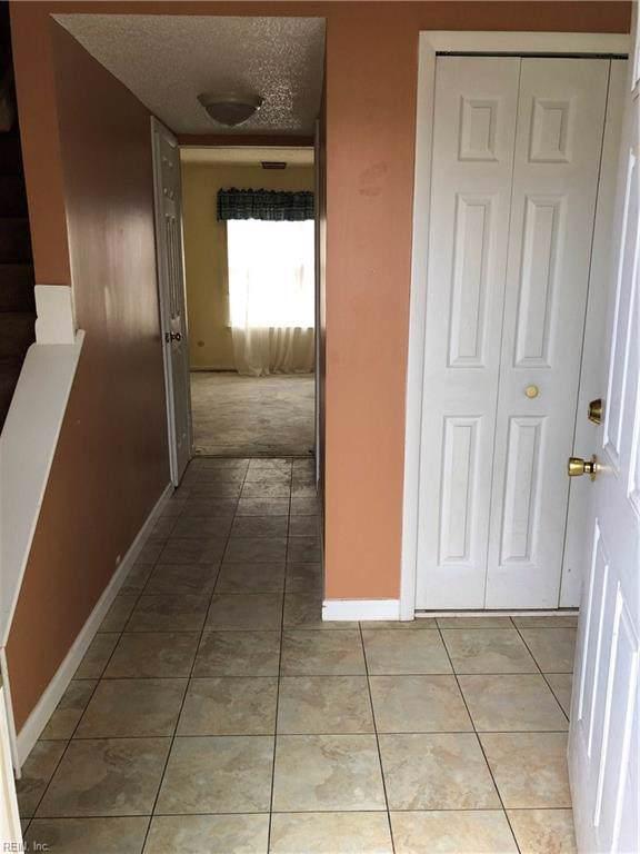 3864 Counselor Ln, Virginia Beach, VA 23452 (MLS #10270863) :: Chantel Ray Real Estate
