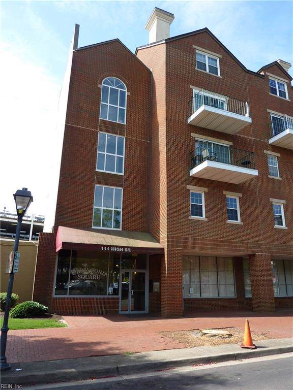 111 High St #305, Portsmouth, VA 23704 (#10271234) :: Kristie Weaver, REALTOR