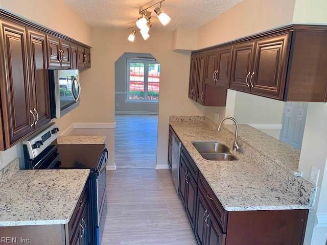 5559 Campus Dr, Virginia Beach, VA 23462 (#10271315) :: Berkshire Hathaway HomeServices Towne Realty