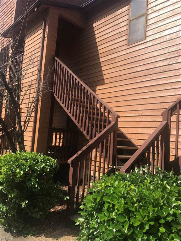 3087 Cape Henry Ct, Virginia Beach, VA 23451 (#10271317) :: Berkshire Hathaway HomeServices Towne Realty