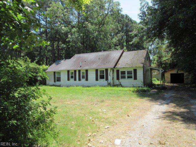 816 E Little Back River Rd, Hampton, VA 23669 (MLS #10272322) :: Chantel Ray Real Estate