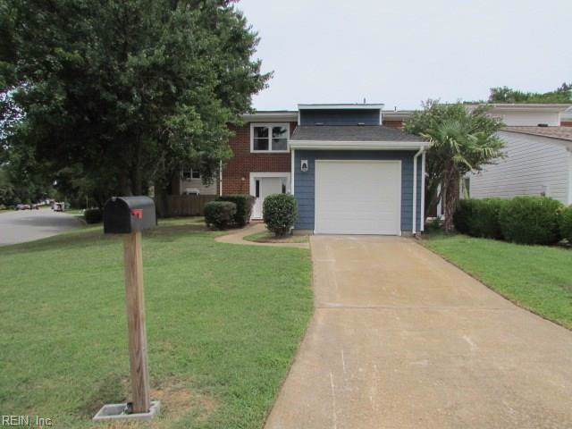 1240 Captain Adams Ct, Virginia Beach, VA 23455 (MLS #10272544) :: Chantel Ray Real Estate