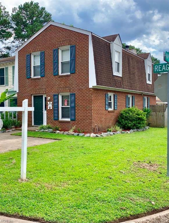 2497 Reagan Ave, Virginia Beach, VA 23454 (#10275287) :: Berkshire Hathaway HomeServices Towne Realty