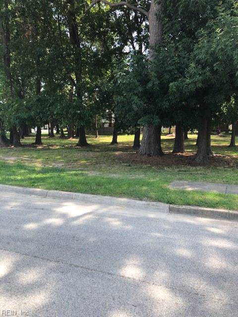 3501 E Little Creek Rd, Norfolk, VA 23518 (MLS #10276398) :: Chantel Ray Real Estate