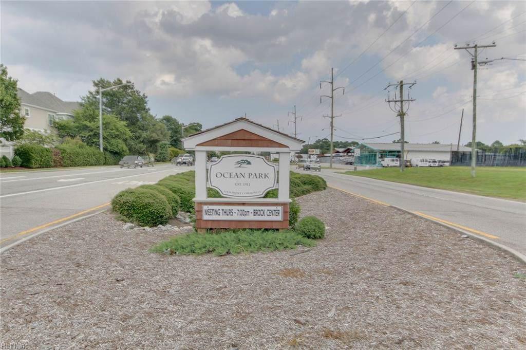 2225 Roanoke Ave - Photo 1