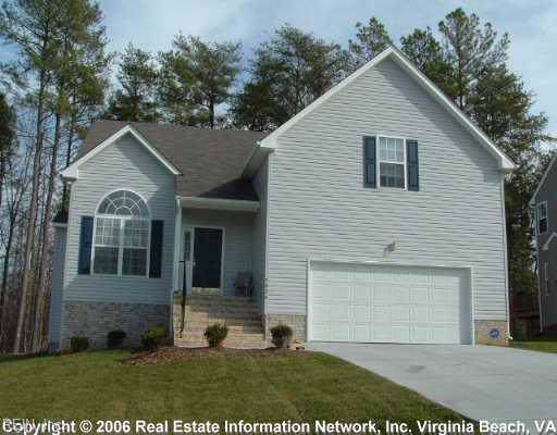 5824 Montpeiler Dr, James City County, VA 23188 (#10278475) :: Abbitt Realty Co.