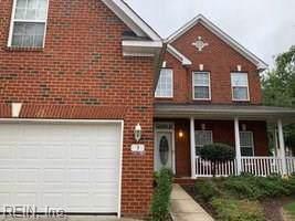 3 Hyde Park Ct, Hampton, VA 23669 (#10279210) :: Rocket Real Estate