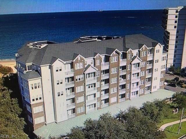3800 Dupont Cir #402, Virginia Beach, VA 23455 (#10283456) :: Berkshire Hathaway HomeServices Towne Realty