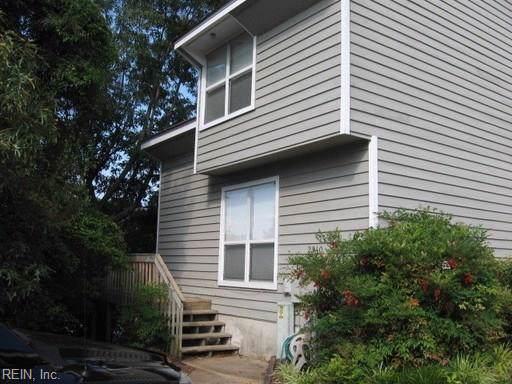 2940 Seashore Pt, Virginia Beach, VA 23454 (#10283944) :: Rocket Real Estate