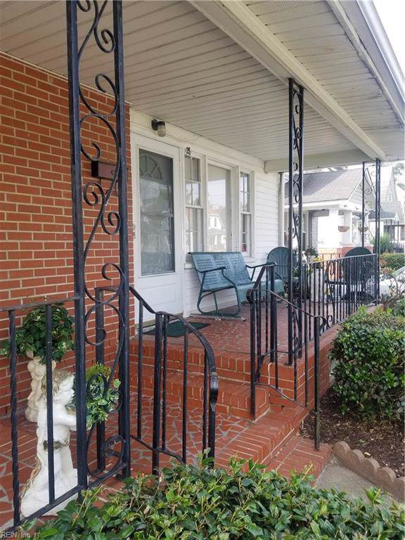28 Manly St, Portsmouth, VA 23702 (#10284389) :: Berkshire Hathaway HomeServices Towne Realty