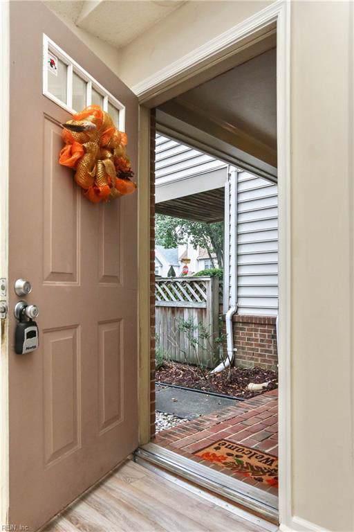 701 Holston River Ct C, Chesapeake, VA 23320 (#10284688) :: AMW Real Estate