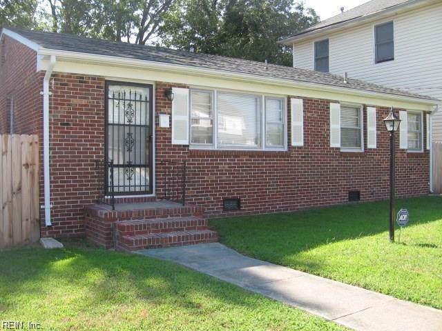 237 Maple Ave, Newport News, VA 23607 (#10285139) :: Encompass Real Estate Solutions