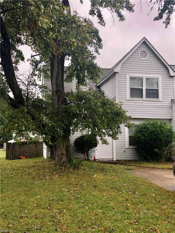 1800 Beckwood Cmn, Chesapeake, VA 23320 (#10286475) :: AMW Real Estate