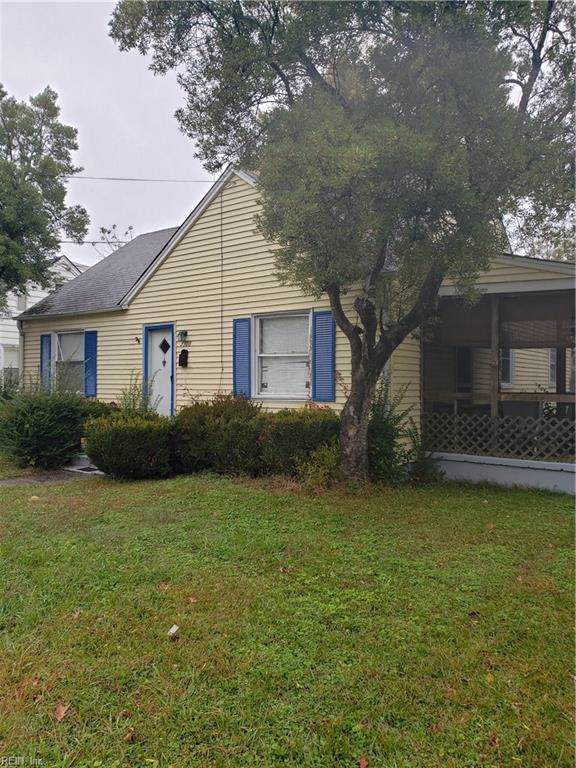 3908 Peterson St, Norfolk, VA 23513 (MLS #10290638) :: Chantel Ray Real Estate