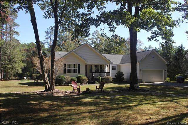 5961 New Point Comfort Hwy, Mathews County, VA 23138 (#10291471) :: Vasquez Real Estate Group