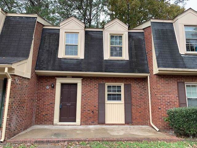 391 Circuit Ln E, Newport News, VA 23608 (#10291941) :: Berkshire Hathaway HomeServices Towne Realty