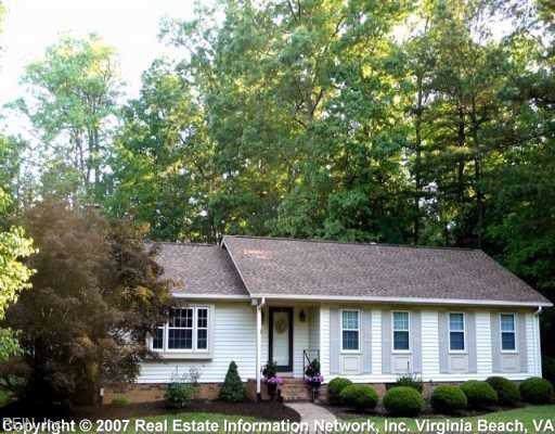 214 Sheffield Rd, James City County, VA 23188 (#10294306) :: Upscale Avenues Realty Group