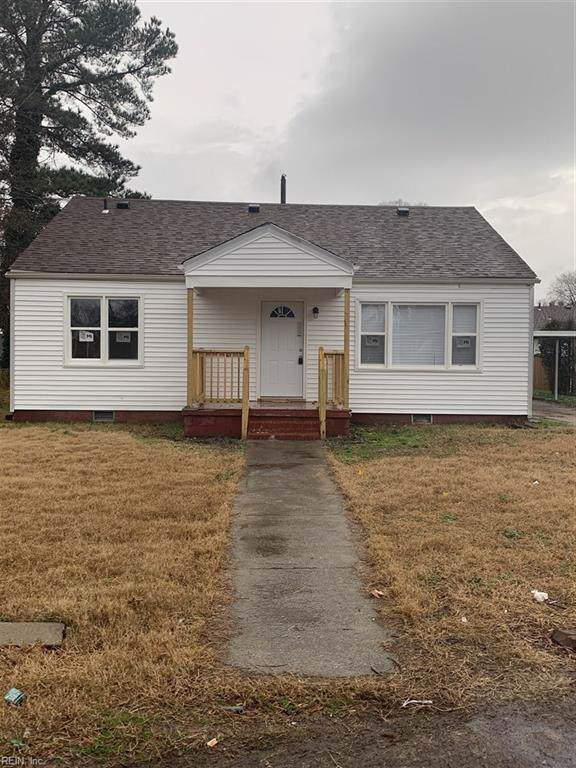 2418 Staunton Ave, Portsmouth, VA 23704 (MLS #10296046) :: Chantel Ray Real Estate