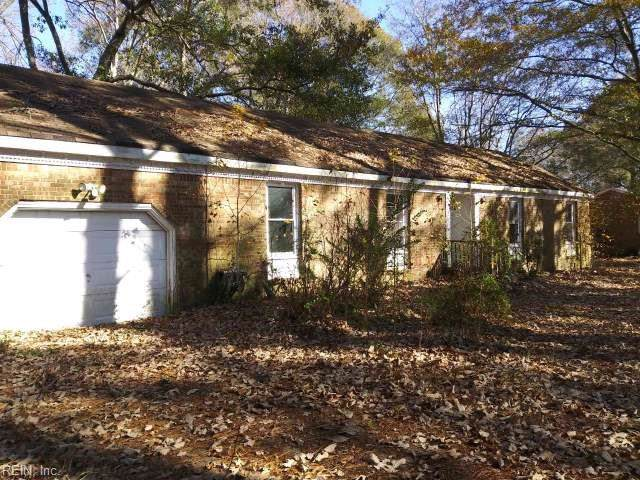 1821 Saint Brides Rd W, Chesapeake, VA 23322 (#10296990) :: RE/MAX Central Realty