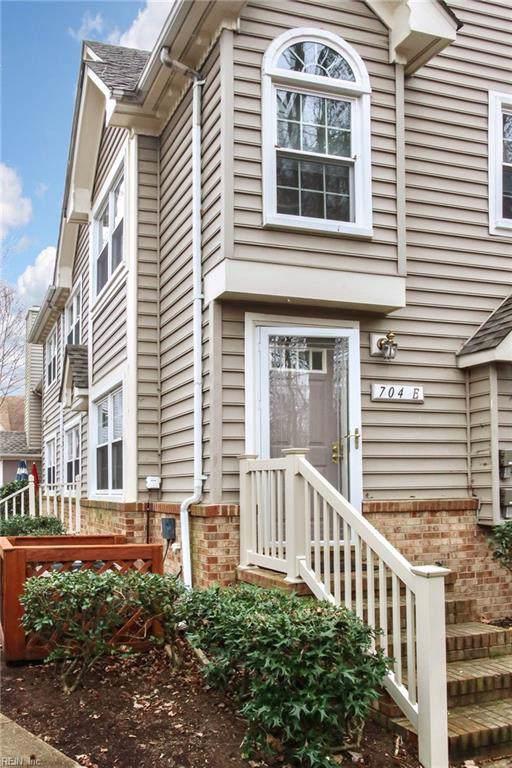 704 Meherrin River Ct E, Chesapeake, VA 23320 (#10298387) :: Atlantic Sotheby's International Realty