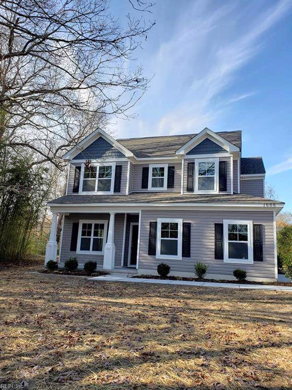 1666 Dock Landing Rd, Chesapeake, VA 23321 (MLS #10298564) :: Chantel Ray Real Estate