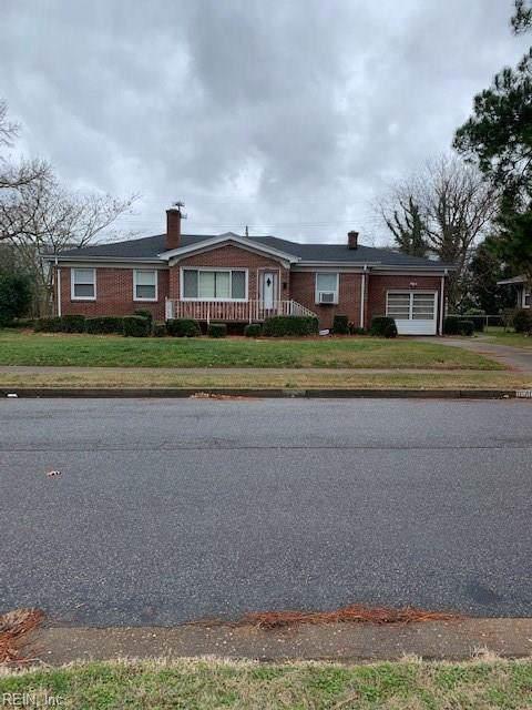 6407 Whittier Dr, Norfolk, VA 23513 (MLS #10298795) :: Chantel Ray Real Estate