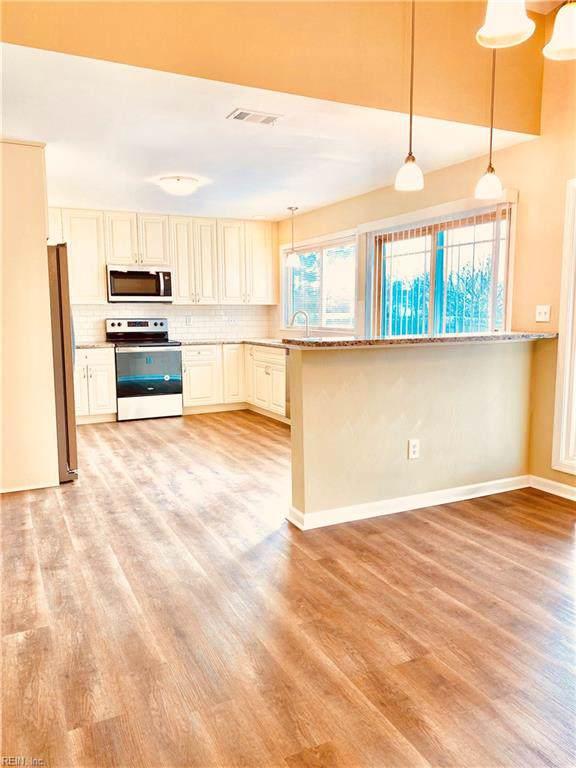 1252 Ginger Cres, Virginia Beach, VA 23456 (#10299300) :: Berkshire Hathaway HomeServices Towne Realty