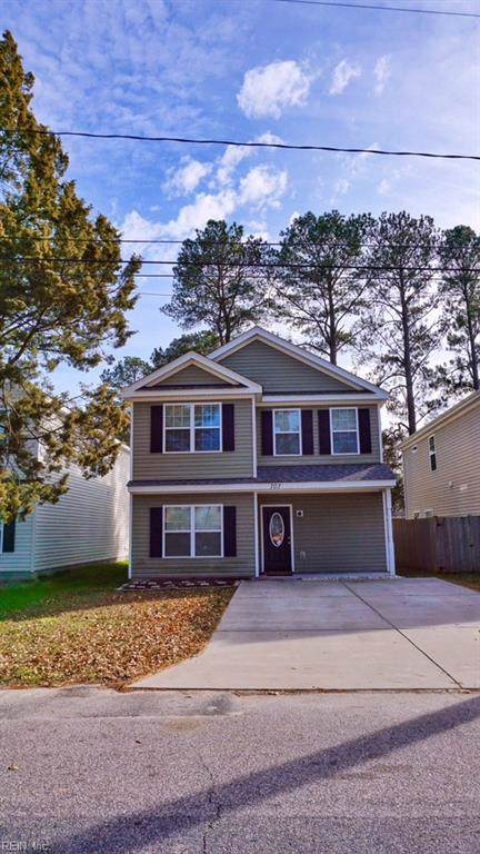 707 Bloom Ave, Chesapeake, VA 23325 (#10299616) :: Kristie Weaver, REALTOR