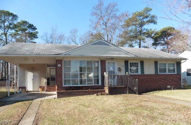 305 Lynnhaven Dr, Hampton, VA 23666 (MLS #10300191) :: Chantel Ray Real Estate