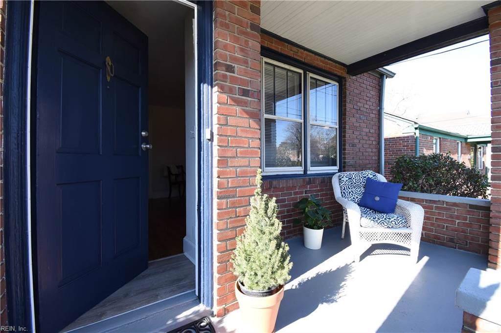6133 Hampton Blvd - Photo 1