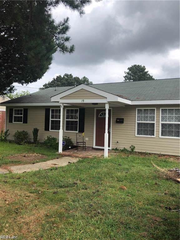 19 Marple Ln, Hampton, VA 23666 (MLS #10300782) :: Chantel Ray Real Estate