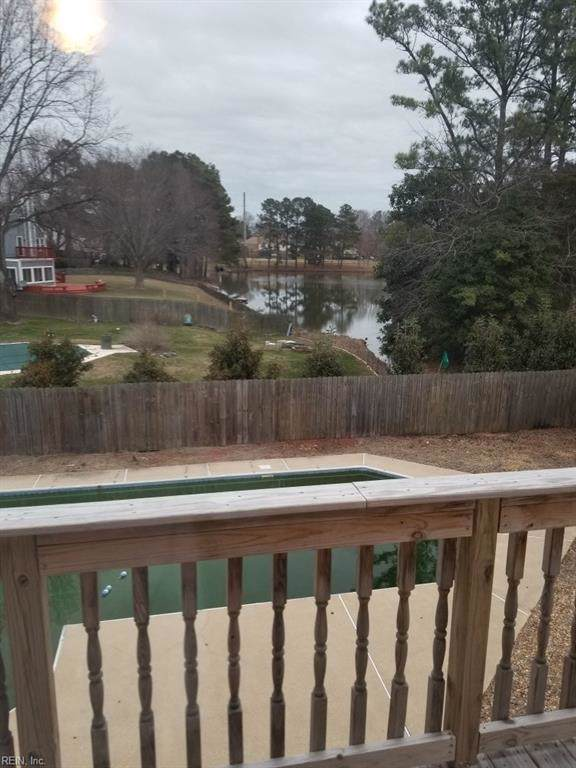 4582 Southern Pines Dr, Virginia Beach, VA 23462 (#10301599) :: Kristie Weaver, REALTOR