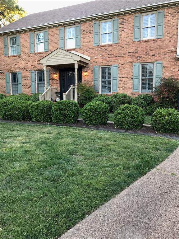 1368 Wakefield Cir, Virginia Beach, VA 23455 (MLS #10302011) :: Chantel Ray Real Estate