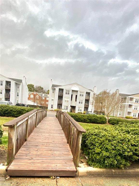 1887 Chantilly Ct, Virginia Beach, VA 23451 (#10304242) :: Upscale Avenues Realty Group