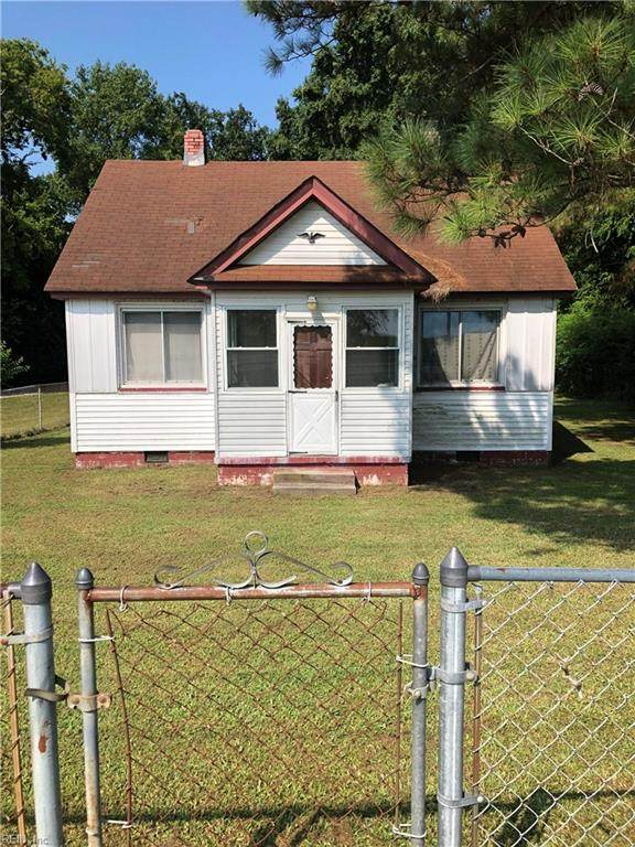9612 Old Stage Hwy, Isle of Wight County, VA 23430 (MLS #10305124) :: AtCoastal Realty