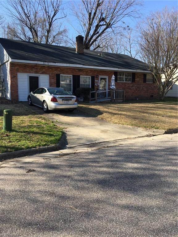 825 Olive Dr, Newport News, VA 23601 (MLS #10305143) :: Chantel Ray Real Estate