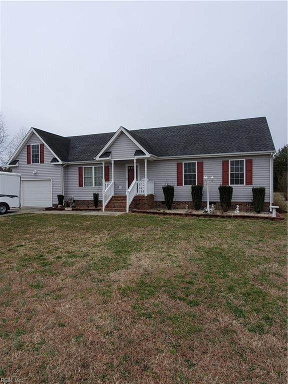 683 Lake Meade Dr, Suffolk, VA 23434 (MLS #10305456) :: Chantel Ray Real Estate