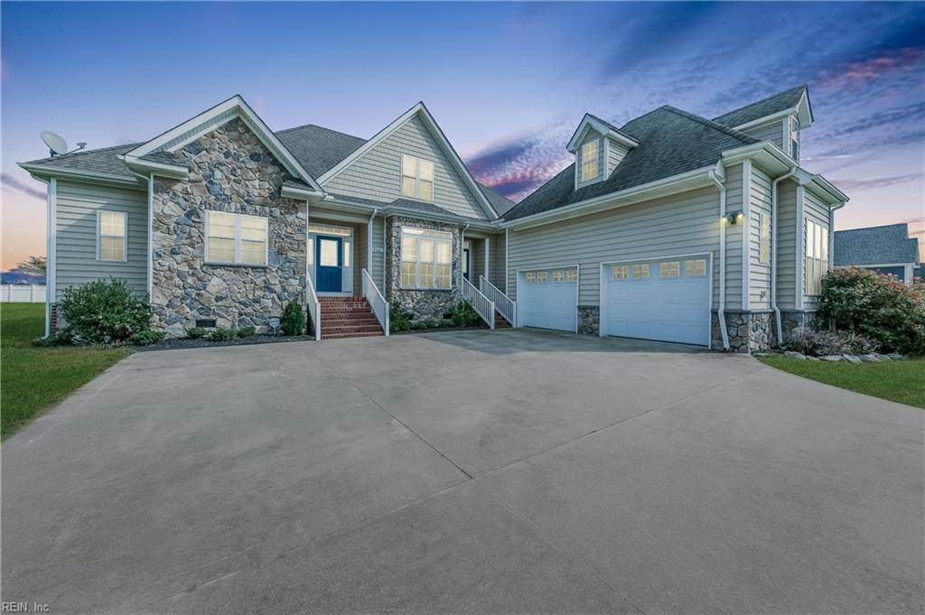 200 Orchard Dr - Photo 1