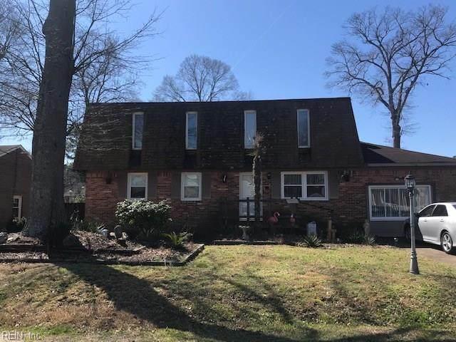 2033 Engle Ave, Chesapeake, VA 23320 (MLS #10308977) :: Chantel Ray Real Estate