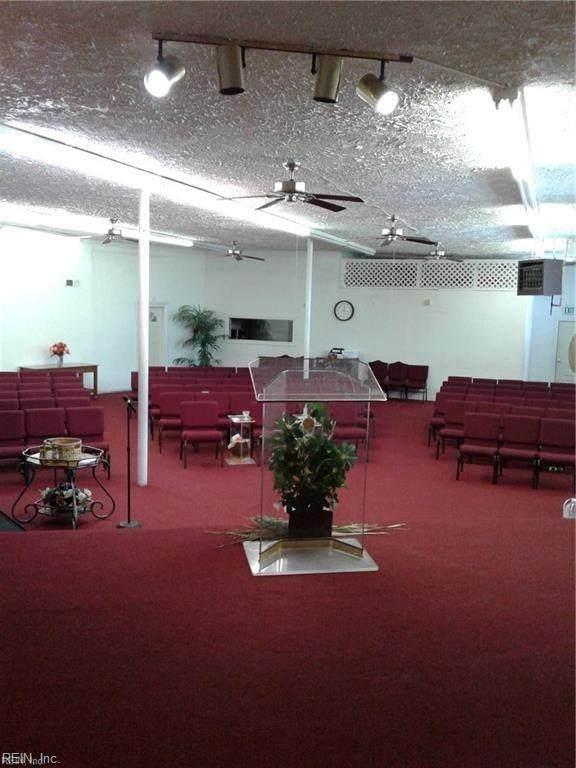 3001 Lafayette Blvd, Norfolk, VA 23509 (MLS #10310462) :: AtCoastal Realty